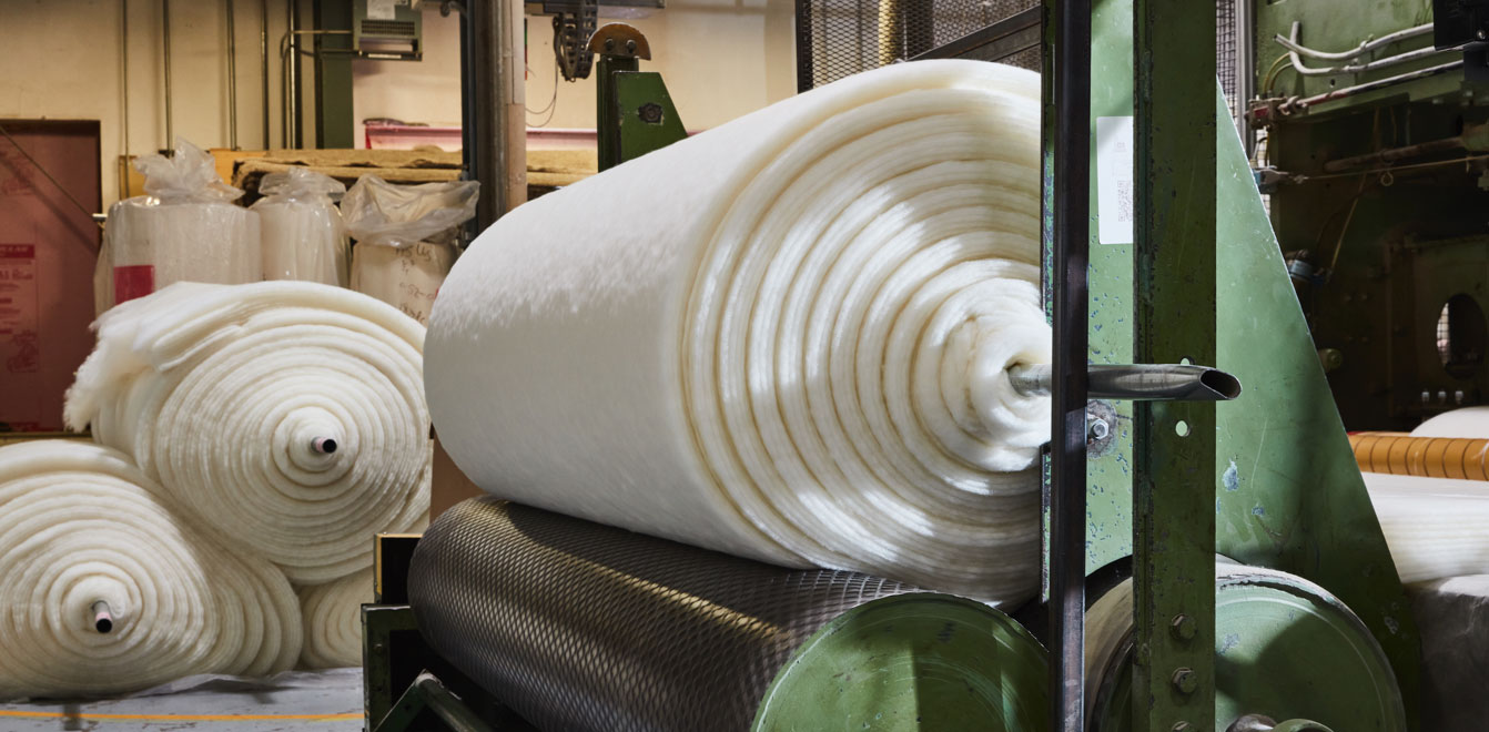 Custom machine for producing wool products